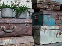 Atmosphère déco valises métal couleur vieilli Inde