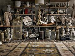 Atmosphère déco brocante chic ethnique antique lampe horloge objets